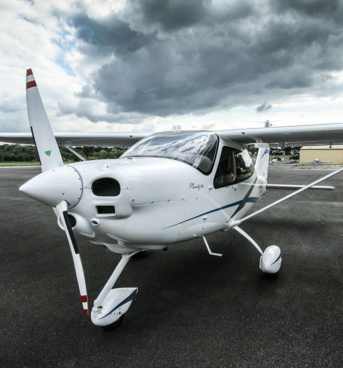 avion-glass-cockpit-tecnam-p2010-aeroclub
